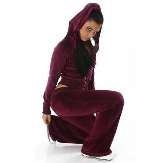 Темно-малиновый велюровый спортивный костюм - фото 7773