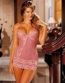Розовая прозрачная сорочка с чашками