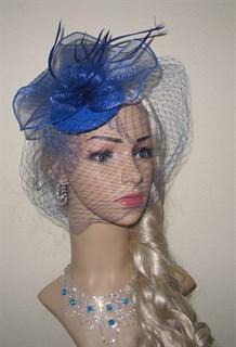 Синяя шляпка с вуалью и бантом из регилина.