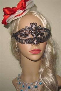 Ажурная маска с серебристым напылением 2590