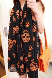 Тонкий шифоновый черный шарф с оранжевыми черепами