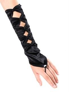 Черные атласные перчатки по локоть. Одеваются на один пальчик