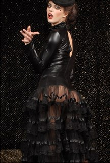 Черное платье с прозрачной юбкой в пол