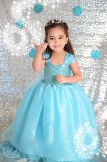 Пышное голубое платье для девочки