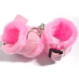 Мягкие наручники из розового меха